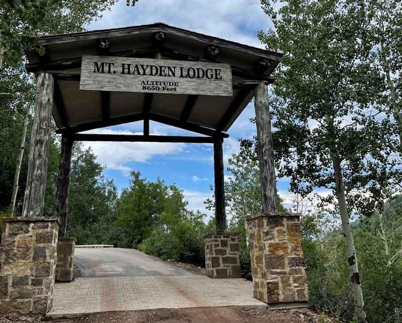 Mt. Hayden Lodge sign